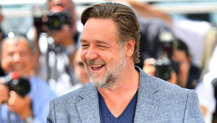 Russell Crowe, 'Thor: Love and Thunder' filminin kadrosunda