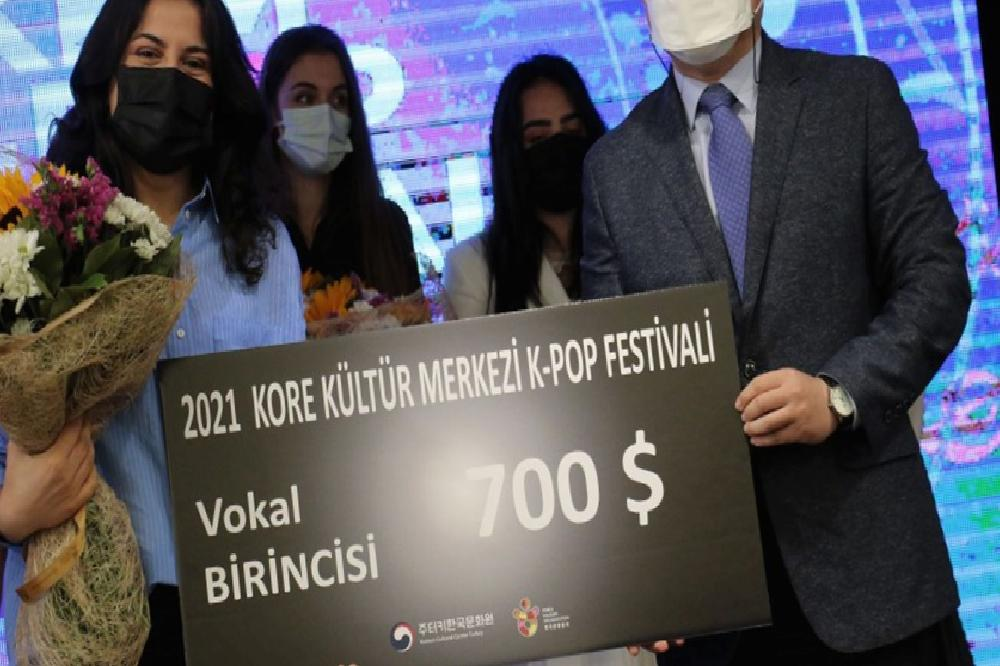 2021 k pop festivali cevrim ici olarak duzenlendi 8 AgfjDOzD